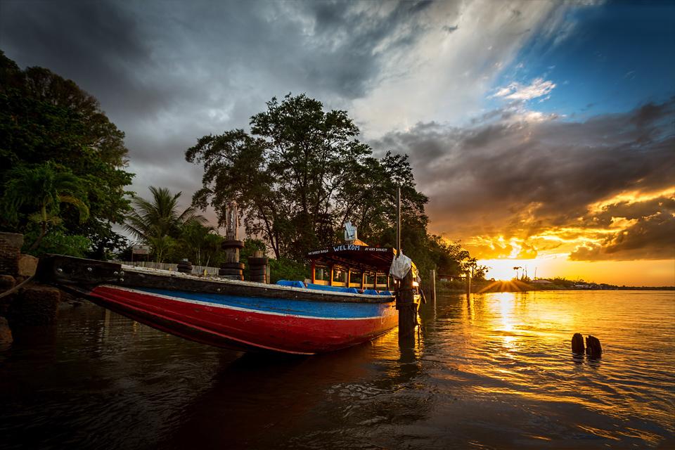 accaribo_boat